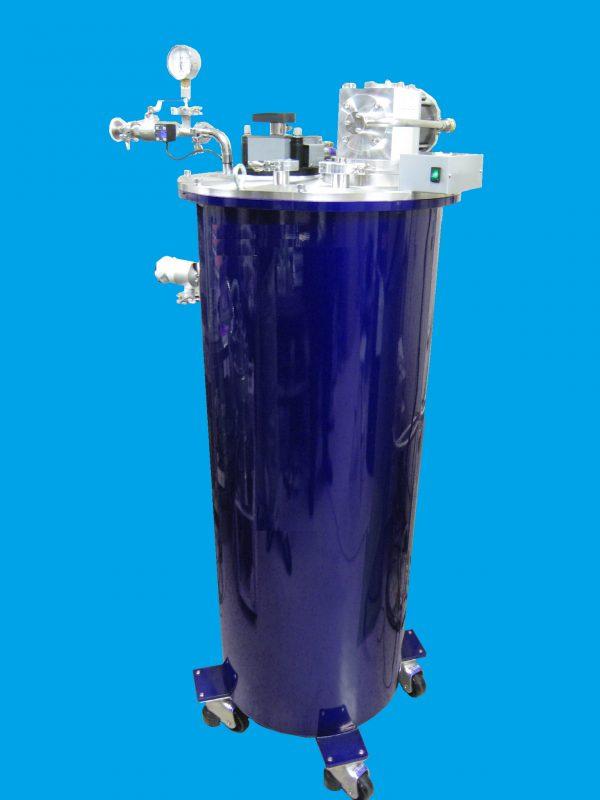液体ヘリウムクライオスタット